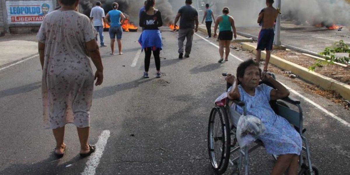 Disturbios en varias ciudades de Venezuela por cortes de luz, agua y escasez