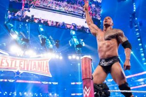 La Roca en una pelea de este año Foto:WWE. Imagen Por: