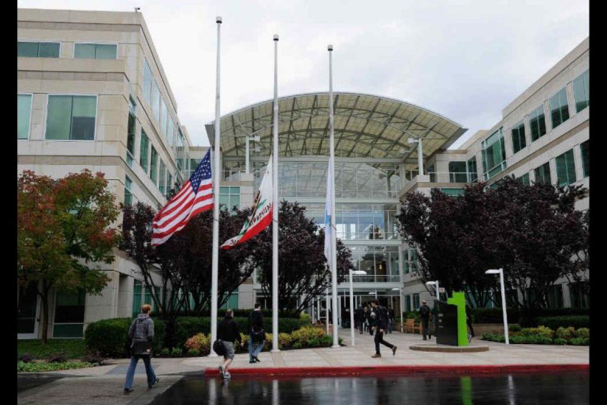 Dentro de las oficinas de Apple en Cupertino hay árboles reales. Foto:Getty Images. Imagen Por: