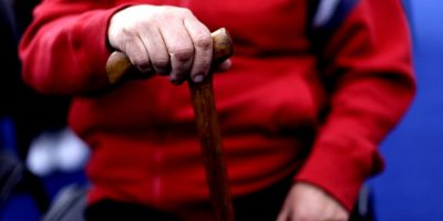 España: Anciano ochentón es acusado de violar a su suegra de 101 años