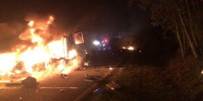 Violento choque entre dos camiones deja un muerto en Chiloé