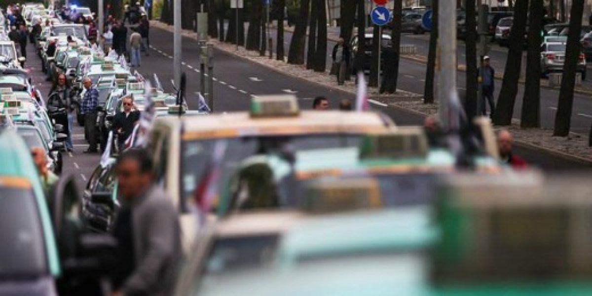Taxistas portugueses también están en contra de Uber