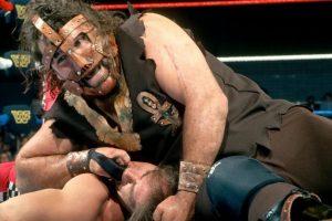 Mick Foley en 1996 Foto:WWE. Imagen Por: