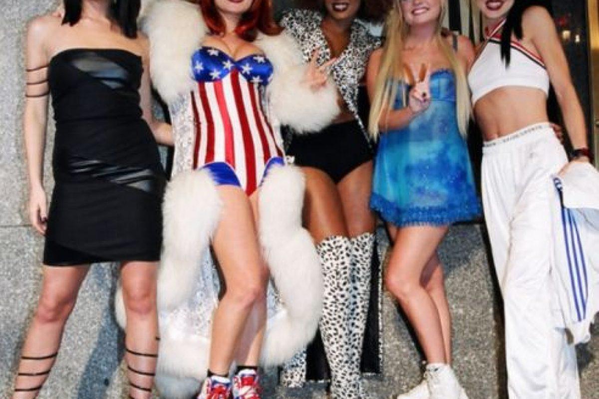En otras ocasiones simplemente posaba muy seria. Foto:Vía Instagram/#SpiceGirls. Imagen Por: