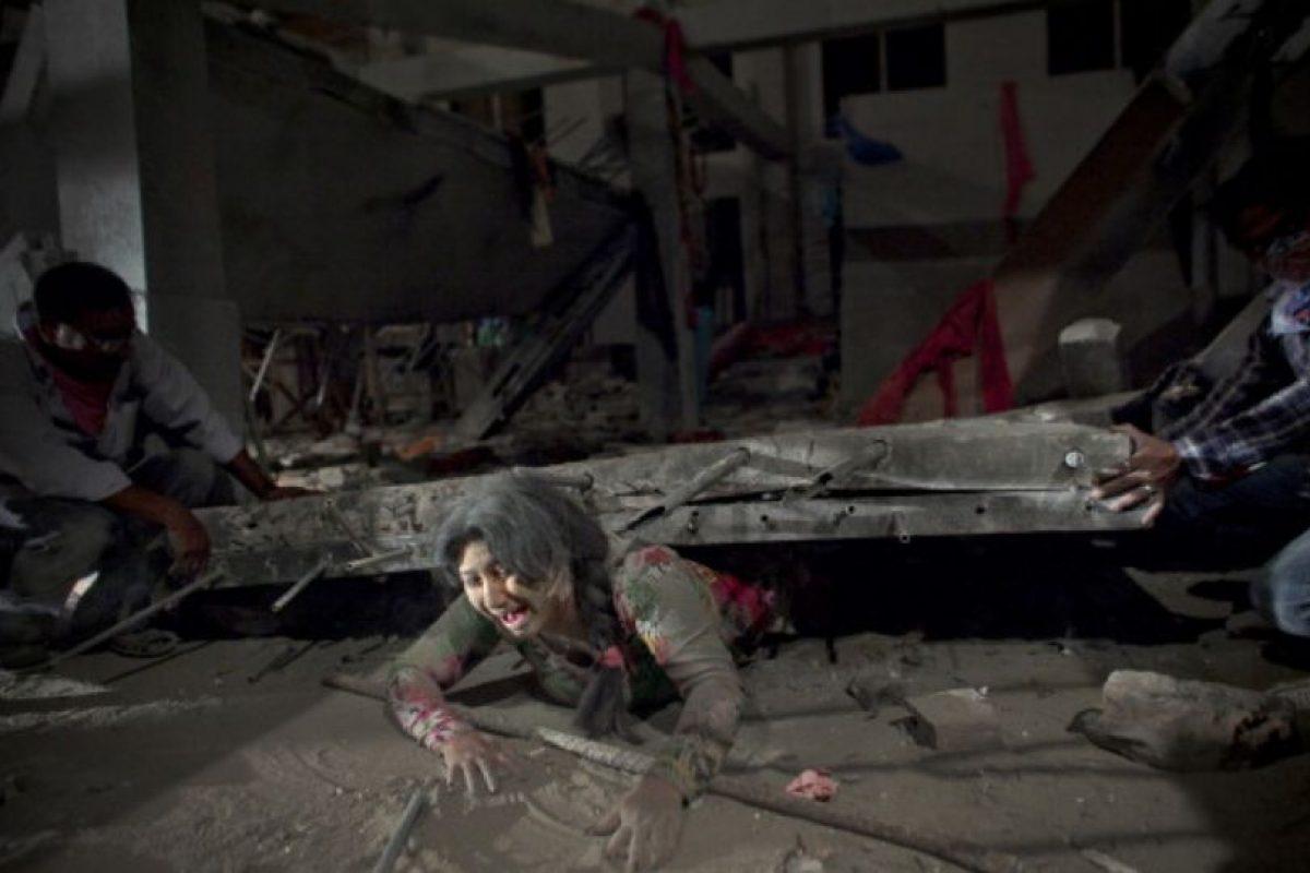 La tragedia del edificio Rana Plaza en Bangladesh dejó 1127 muertos. Foto:vía Getty Images. Imagen Por: