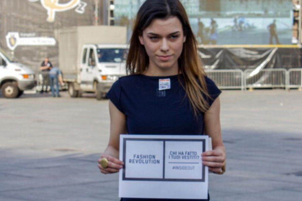 """Desde entonces, movimientos como """"Fashion Revolution"""" han querido concientizar a la gente sobre el problema. Foto:vía Getty Images. Imagen Por:"""
