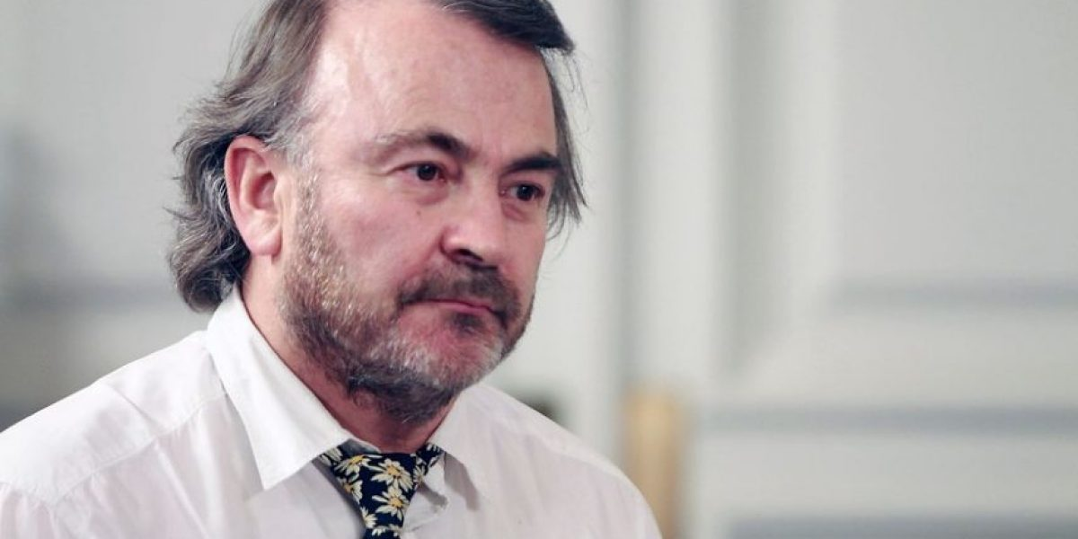 Pepe Auth remece al PPD con su renuncia y arremete contra Girardi:
