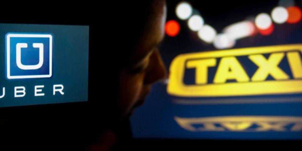 Experto: usuarios defienden a Uber porque quieren servicio seguro y sin engaños