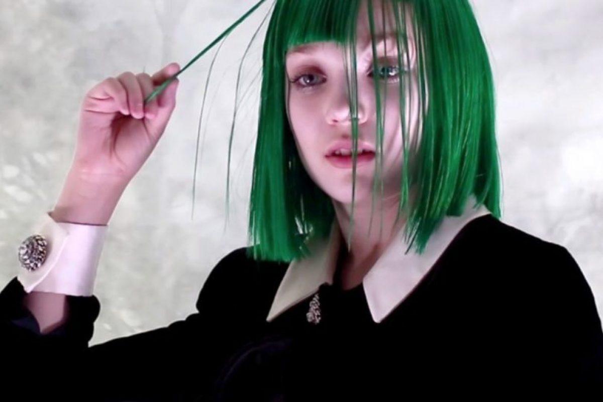 """Y se hizo más famosa todavía en """"Chandelier"""". Foto:vía Youtube. Imagen Por:"""