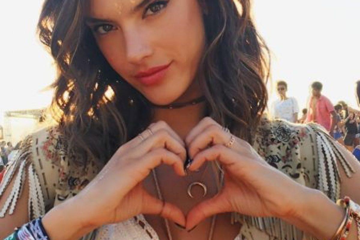 Las mejores imágenes de las redes sociales de Alessandra Ambrosio Foto:Vía instagram.com/alessandraambrosio. Imagen Por: