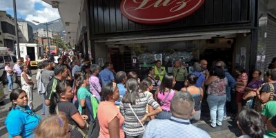 Se ahonda crisis en Venezuela: ahora se están quedando sin cerveza