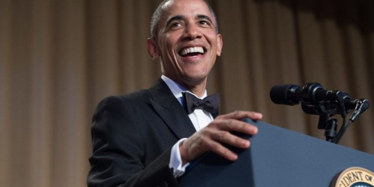 Las pesadas bromas de Obama en su última cena con los corresponsales de la Casa Blanca