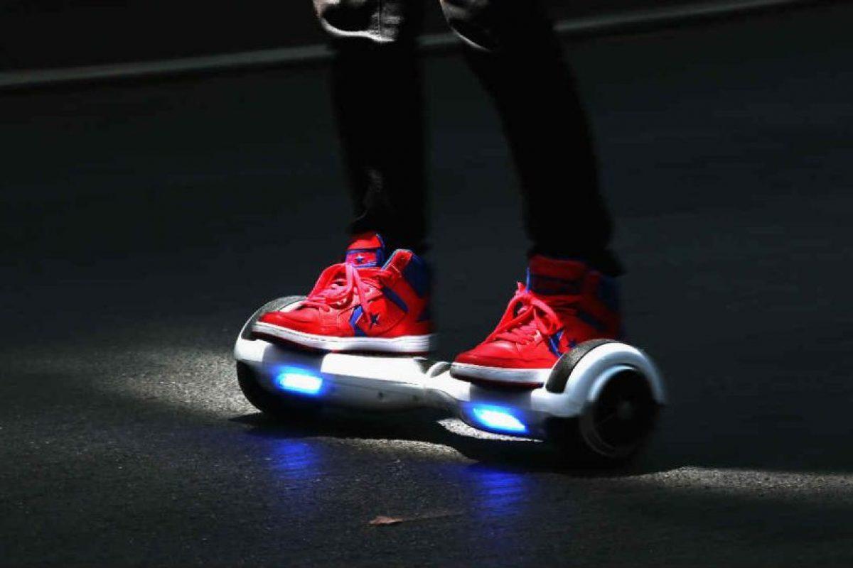 """Los """"Hoverboard"""" son una especie de patinetas. Foto:Getty Images. Imagen Por:"""