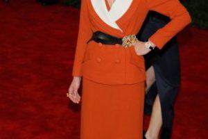 Kirsten Dunst parece salida de 1940. Pero no en la época bonita de Katharine Hepburn o Rita Hayworth, sino en la época donde tenían que reciclar vestidos de paracaídas para ponérselos. Este fue el resultado, en 2012. Foto:vía Getty Images. Imagen Por: