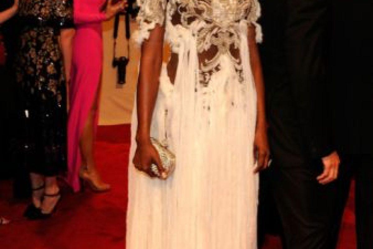 Naomi Campbell: si querías honrar a Celia Cruz debiste comprar un disco, no disfrazarte de ella en 2011. Foto:vía Getty Images. Imagen Por: