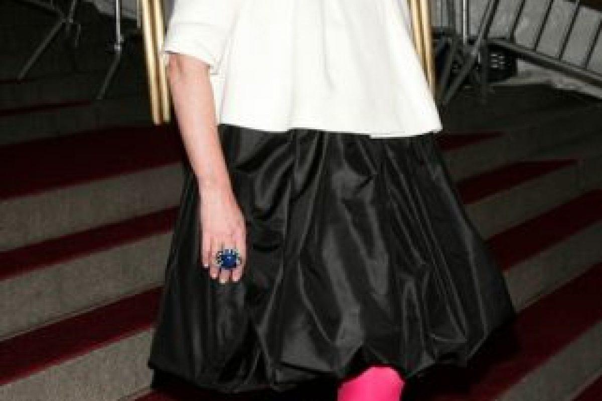 """Kate Spade, en 2007, se vistió como toda niña de 16 a 18 años que se precie de """"alternativa"""" y """"rockera"""" puede vestirse: con muchas cosas que no combinan y algo para demostrar su """"originalidad"""". Foto:vía Getty Images. Imagen Por:"""