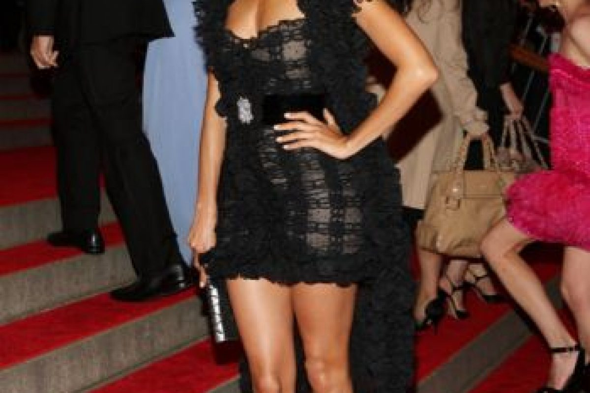 "Thandie Newton en 2007, heredando el vestido del video de ""Moulin Rouge"" de Lil Kim. Foto: vía Getty Images. Imagen Por:"