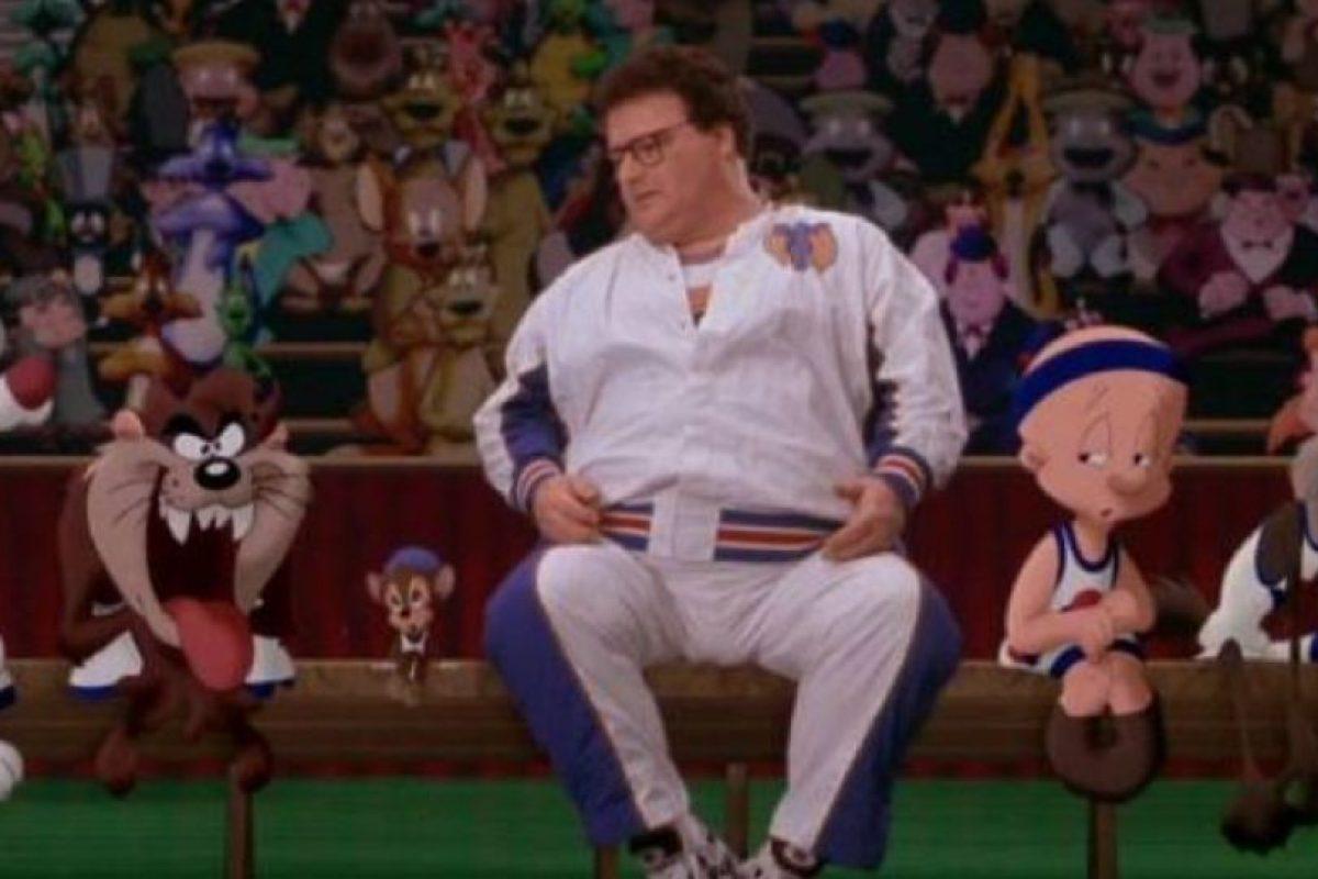"""Wayne Knight era """"Stan Podolak"""", publicista de Michael. Foto:vía Warner Bros. Imagen Por:"""