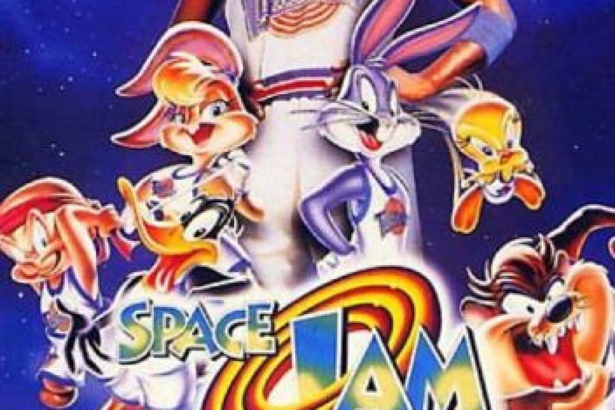 """¿Se acuerdan de """"Space Jam"""", esa película en la que Michael Jordan """"actuó"""" con los Looney Tunes? Foto:vía Warner Bros. Imagen Por:"""