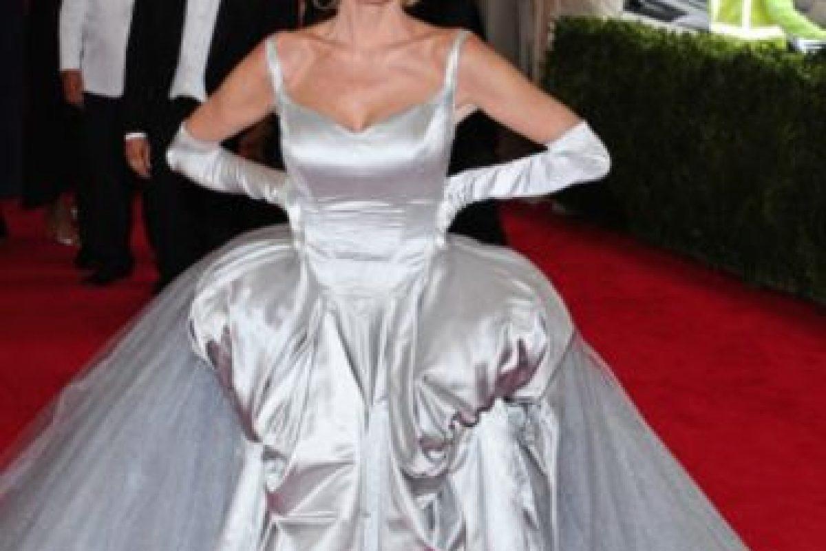"""""""Y el premio para la famosa que hizo su vestido sin ayuda de sus padres es para Sandra Lee"""". Foto:vía Getty Images. Imagen Por:"""