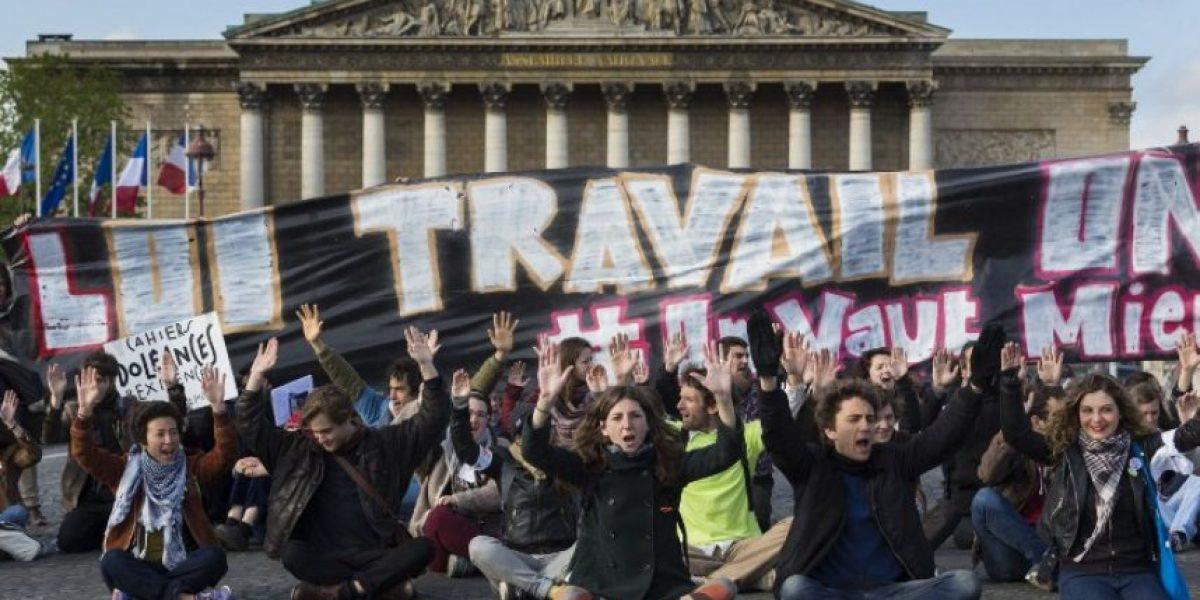 El Parlamento francés inicia debate de polémico proyecto de ley laboral