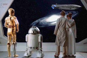 En el guión original, R2-D2 hablaba inglés y decía muchas groserías. Foto:Lucas Film. Imagen Por: