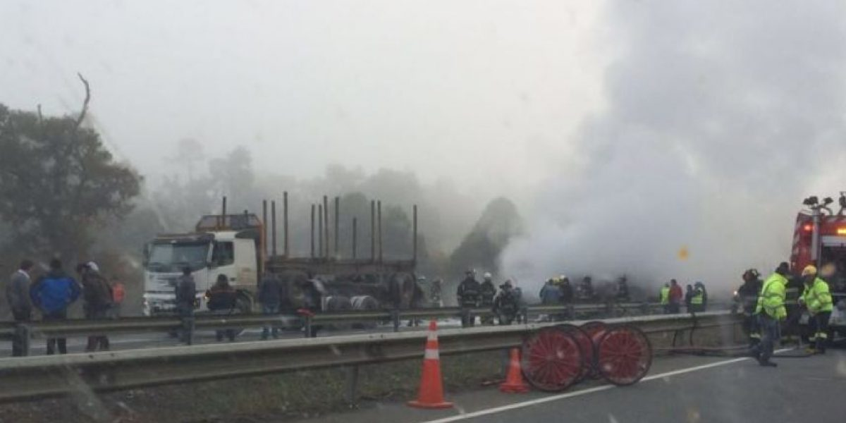 Osorno: hombre muere calcinado tras accidente en la Ruta 5 Sur