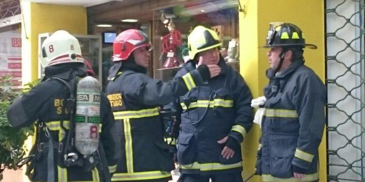 Providencia: emanación de humo en centro comercial
