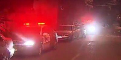 Carabineros investiga portonazo que afectó a familia en Peñalolén