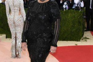 A Kris Jenner le pusieron cuernos. Foto:vía Getty Images. Imagen Por: