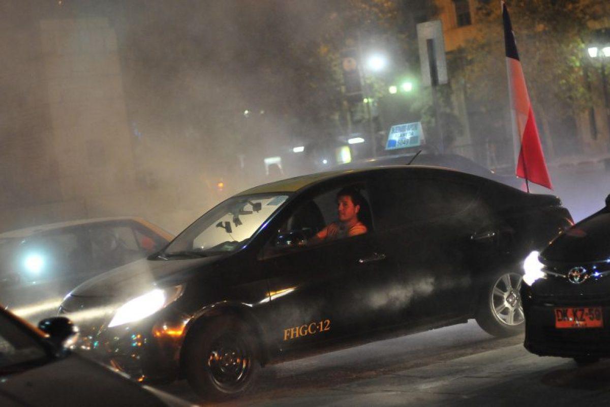 Manifestacion de Taxistas en el centro de Santiago en contra de la app Uber Foto:Agencia Uno. Imagen Por: