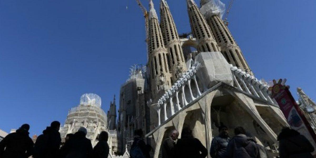 Empresa china invita a 2.500 empleados de vacaciones pagadas a España