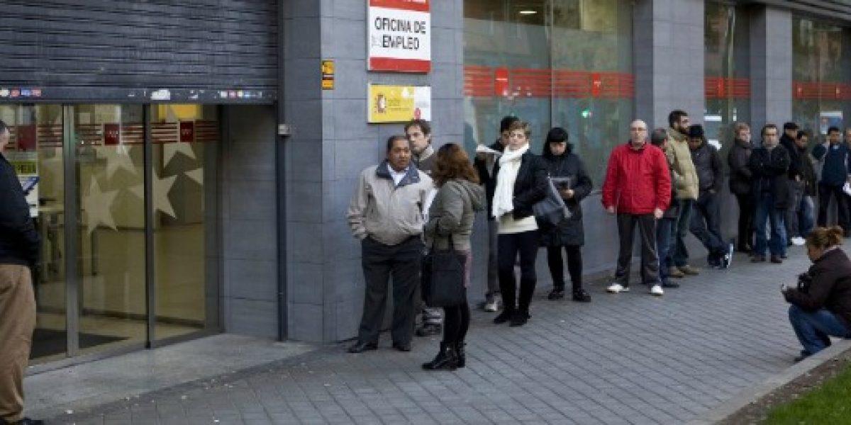 Desempleo en España cae a su nivel más bajo desde 2010