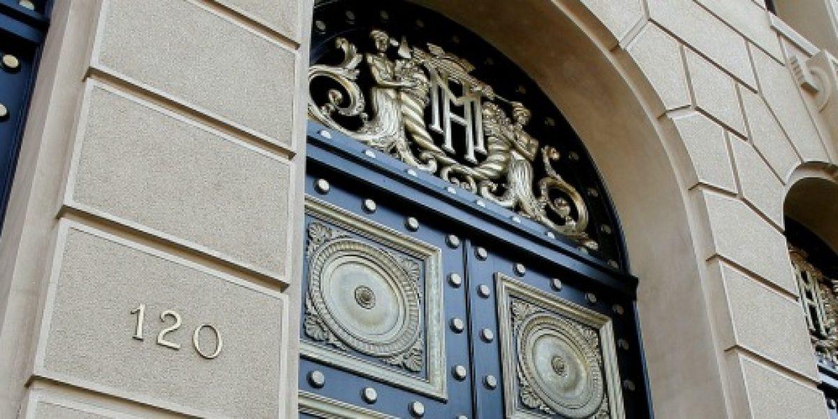 Investigan robo en el Ministerio de Hacienda