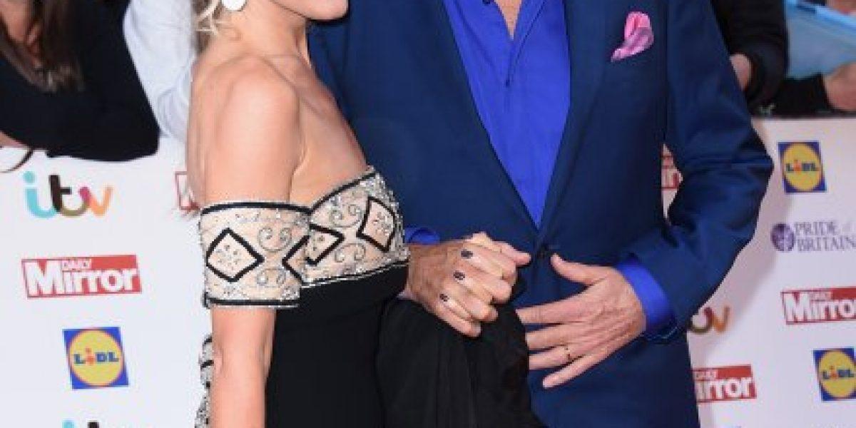David Hasselhoff se compromete con mujer 27 años más joven que él