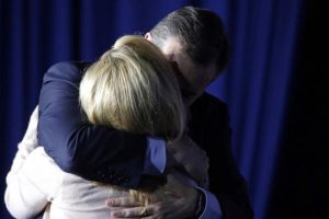 Con esto Cruz dejó solos en la contienda a Trump y al senador John Kasich. Foto:AP. Imagen Por:
