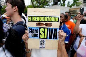 Sin embargo, la oposición señaló que recolectaron más de un millón en menos de tres días. Foto:AFP. Imagen Por: