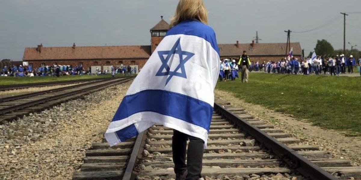 Miles de jóvenes marchan en Auschwitz en recuerdo de víctimas del Holocausto