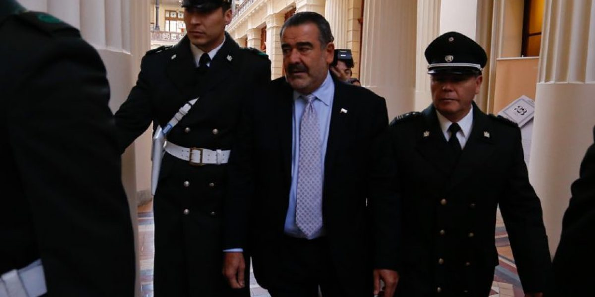 Juzgado de Garantía se declara incompetente para ver querella de Luksic contra diputado Rivas