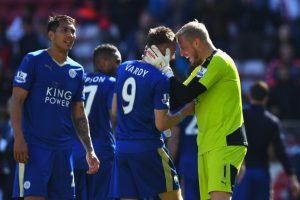 Leicester se coronó por primera vez en su historia como campeón de la Premier League Foto:Getty Images. Imagen Por: