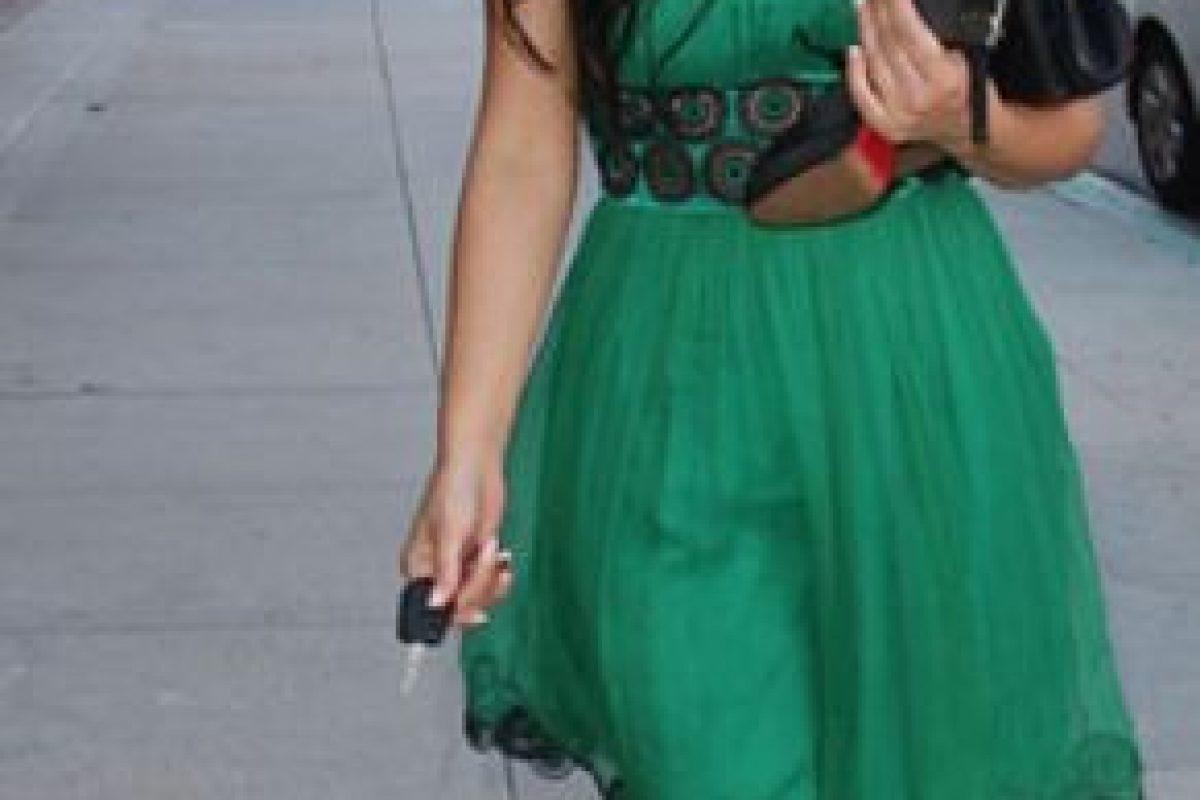 Kim lo usa con cinturón. Foto:vía Getty Images. Imagen Por: