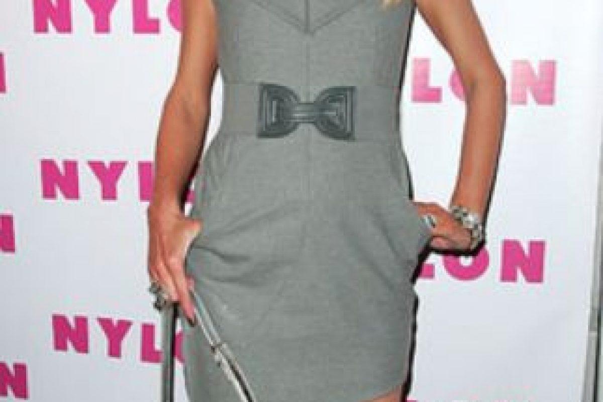 Vestido gris informal. Foto:vía Getty Images. Imagen Por: