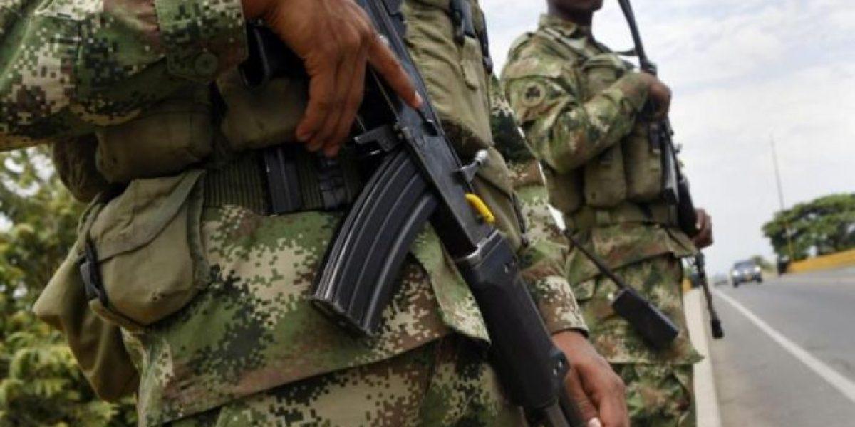 Colombia autorizó bombardeos aéreos contra bandas criminales