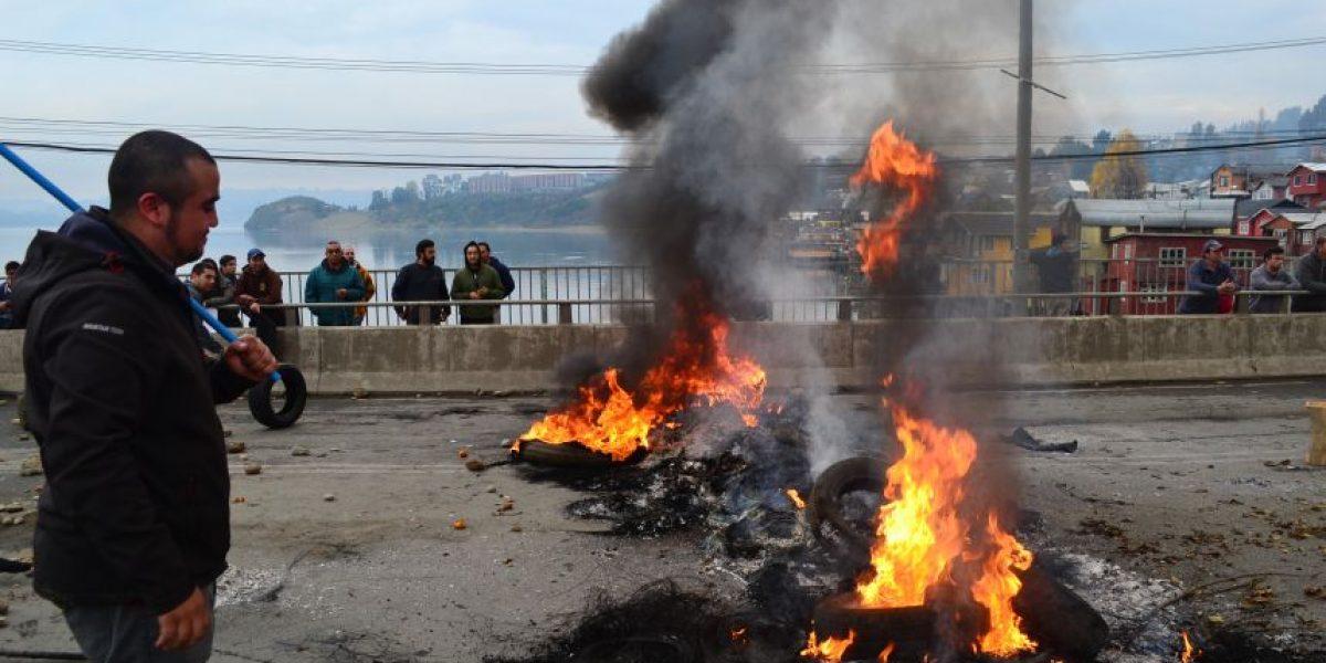 Chiloé: por bloqueo de caminos suspenden atenciones electivas de salud