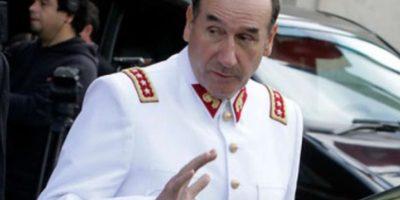 Fiscalía cita a declarar al general (r) Fuente-Alba por investigación de millonario patrimonio
