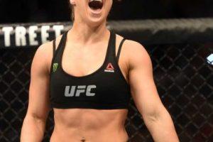 La estrella de la UFC se burló de las acusaciones a Mayweather por violencia doméstica e incluso, lo retó a una pelea entre ambos que nunca se dio en el ring, pero sí en redes sociales y medios de comunicación. Foto:Getty Images. Imagen Por: