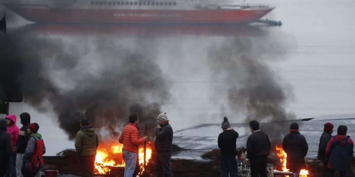 Chiloé: pescadores anuncian apertura parcial del canal de Chacao por desabastecimiento