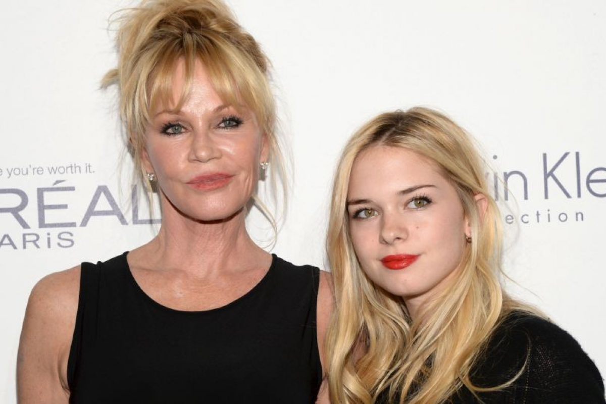 Melanie Griffith y Stella Banderas Foto: Getty Images. Imagen Por: