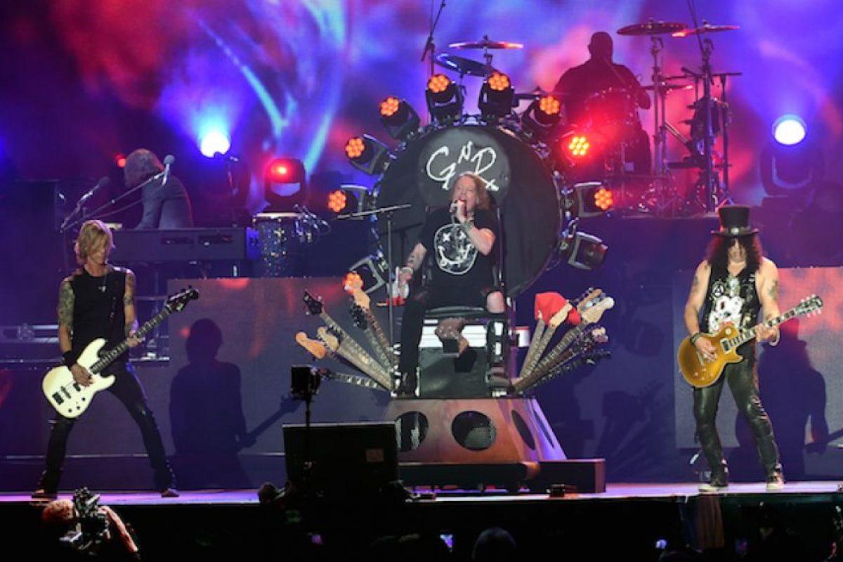 """6.- Los gemidos de la canción """"Rocket Queen"""", fueron grabados por la ex-novia de Steven Adler. Foto:Getty Images. Imagen Por:"""