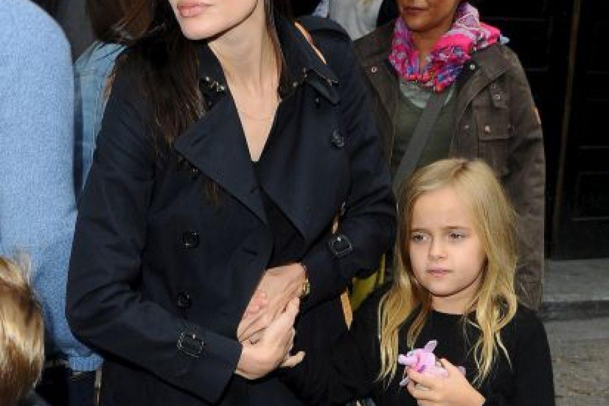 Angelina Jolie y Vivienne Foto:Grosby Group. Imagen Por: